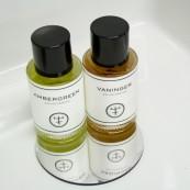 Ambergreen, Vaninger de Oliver & Co.